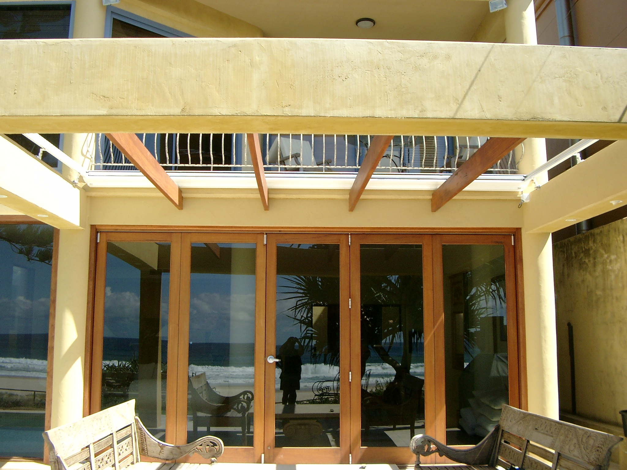 Create a Contemporary Patio with These Modern Outdoor Awnings